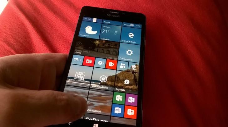 lumia950black